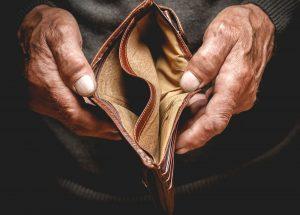 貧乏になりやすいサラリーマンの特徴