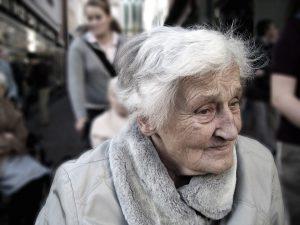 シニア総老女画像
